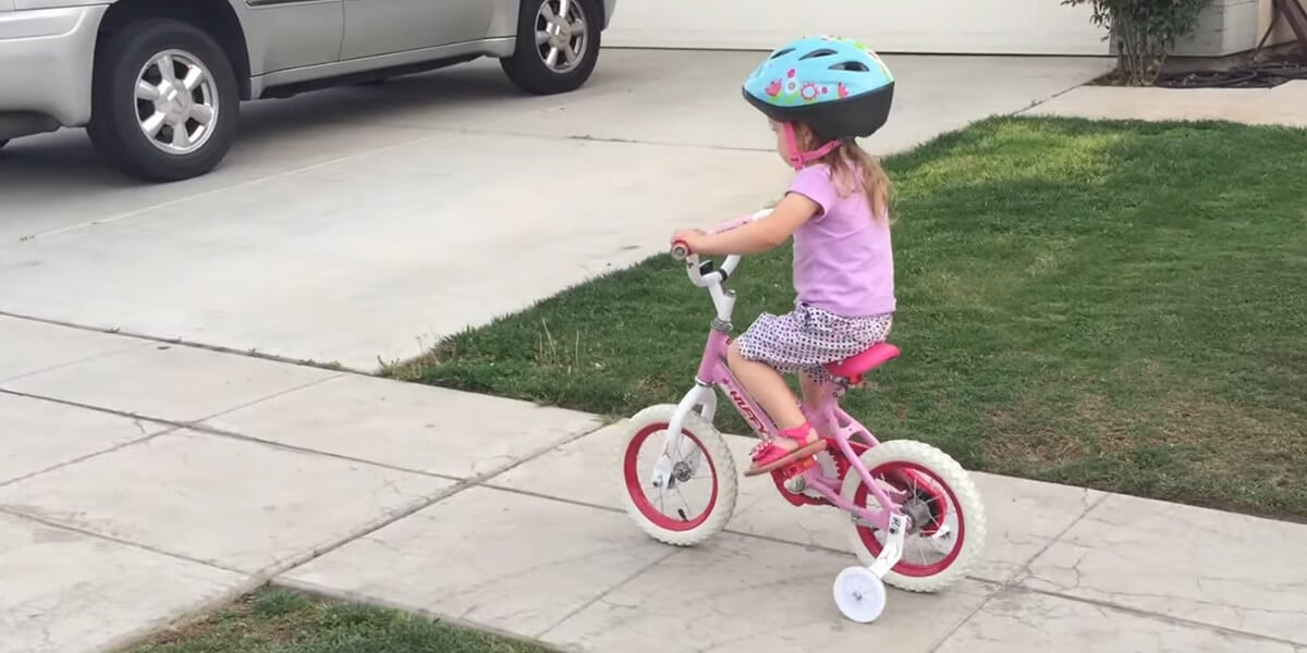 Bikes with training wheels for toddlers