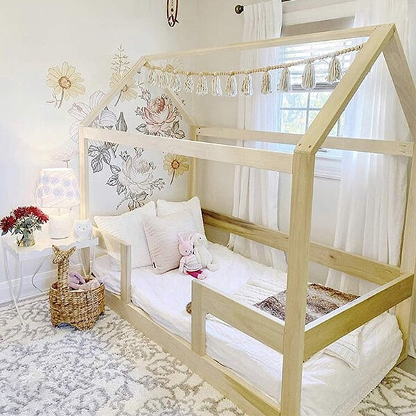 Twin House Bed with Railings review